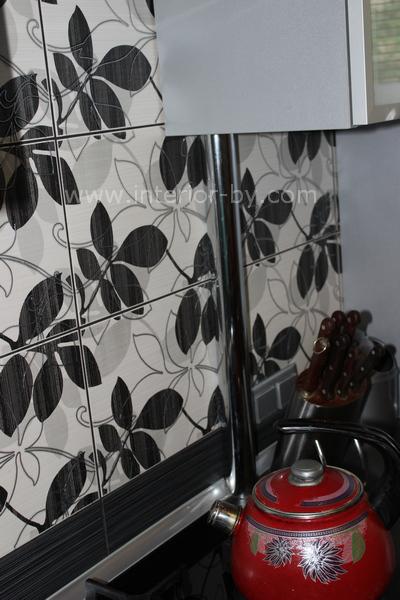кухня пластик черно-белая в алюминиевом профиле