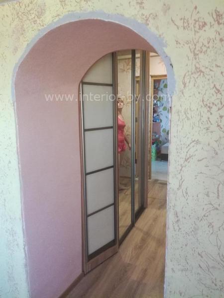 шкаф купе для узкого коридора