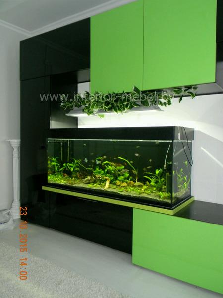 Стенка горка с аквариумом