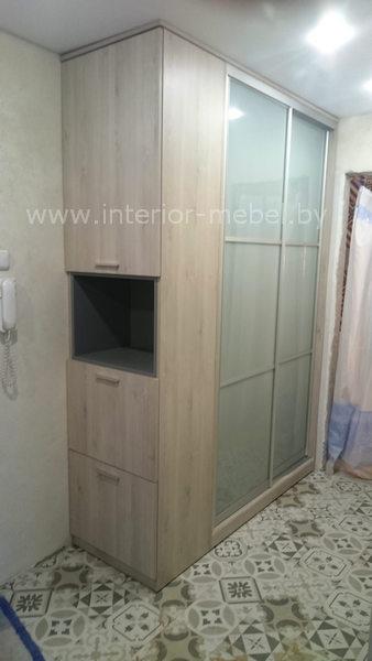 Шкаф с боковой консолью