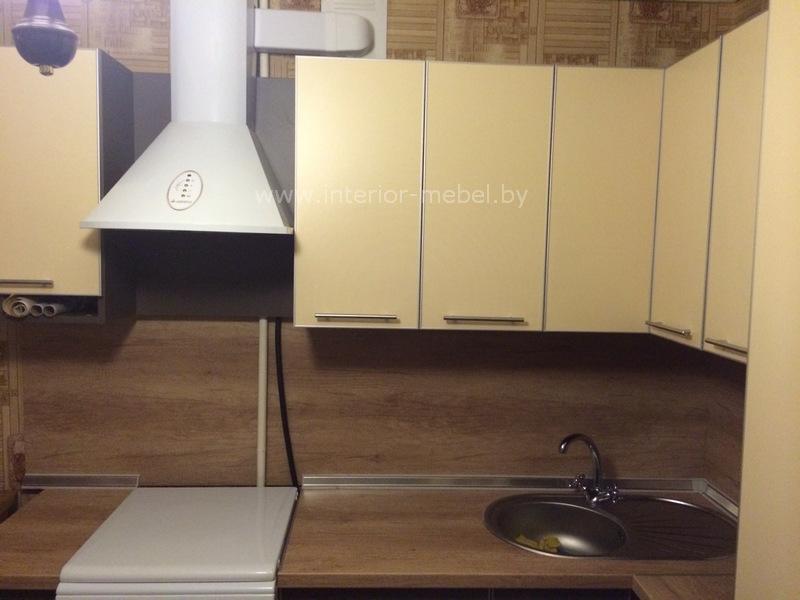 Кухня из пластика ARPA в алюминиевом профиле